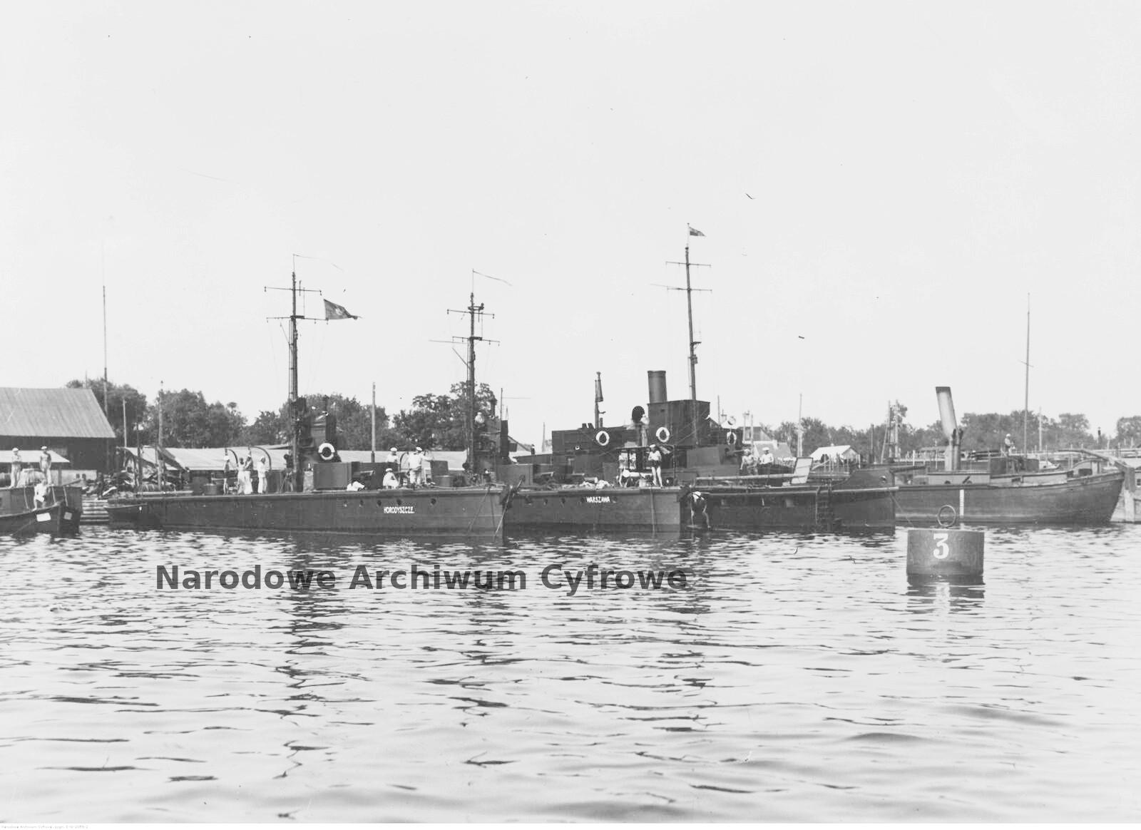 Flotylle rzeczne w II RP.